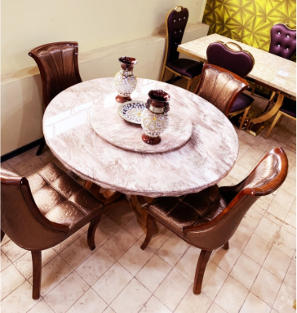 1.2 MARBLE ROUND DINING