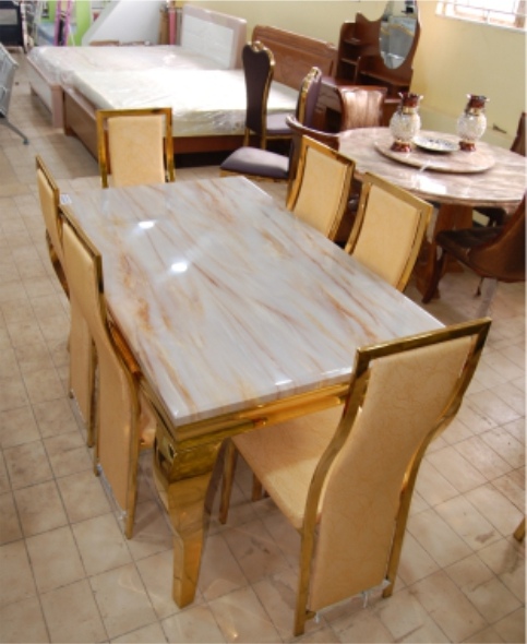 GOLD MARBLE DINING